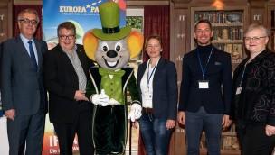 """Treffen der Tourismusbranche beim """"Trinationalen Informationstag"""" 2016 im Europa-Park"""