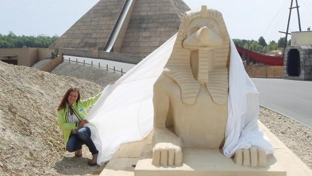 "BELANTIS ""Buddel-Sphinx"" - Friederike Freddy Holzapfel"