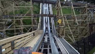 """Lightning Rod"" im OnRide-Video: In Dollywood fährt die erste Holzachterbahn mit Katapultstart"