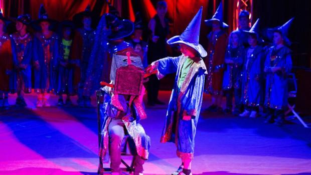 """Mitmach-Zirkus """"Lollipop"""" im Eifelpark - Magie"""
