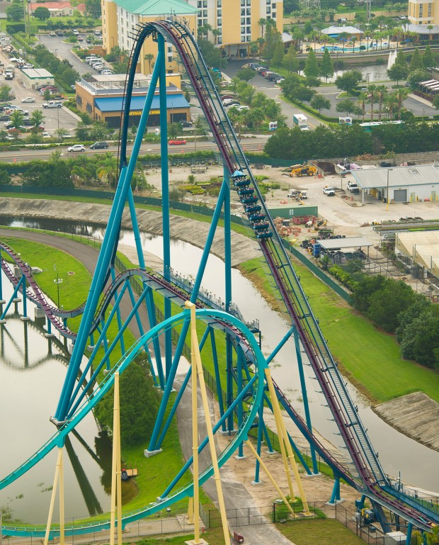 "SeaWorld Orlando - ""Mako"" Lifthill"