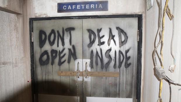 The Walking Dead Breakout Don't Open Door