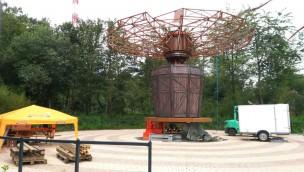 """""""Airshow '71""""-Baustelle im Blick: """"Wellenflieger"""" im neuen Holiday Park-Themenbereich im Aufbau"""