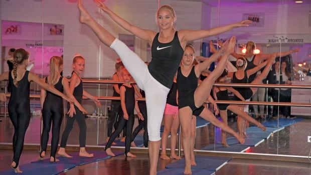 Arna Ýr Jónsdóttir - Europa-Park Talent Academy - Gymnastik