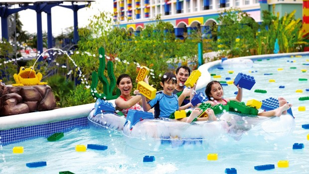 Build-a-Raft-River in LEGOLAND Malaysia