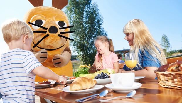 Frühstück mit der Maus im Feriendorf des Ravensburger Spieleland