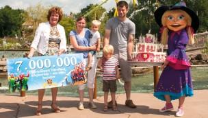 Freizeitpark Toverland begrüßt  7-millionsten Besucher seit Eröffnung 2001