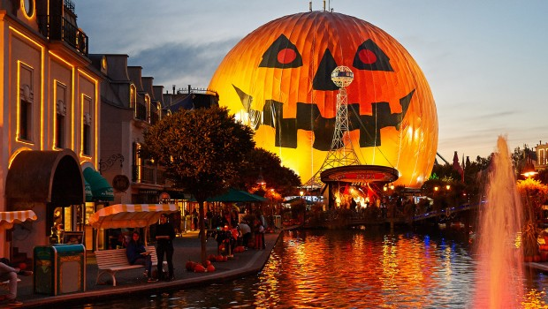 Europa-Park Halloween Illumination