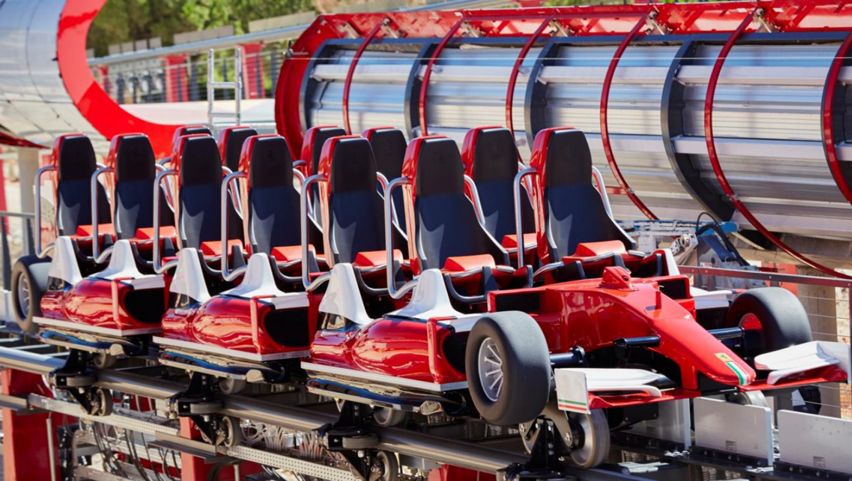 portaventura enth llt zug neuer ferrari land achterbahn testphase startet in k rze. Black Bedroom Furniture Sets. Home Design Ideas