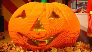 Halloween-Kürbis aus LEGO - Discovery Centre Oberhausen