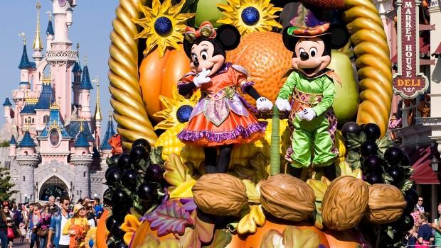 Halloween Parade - Disneyland Paris