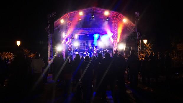 Holiday Park Live-Musik bei Nacht