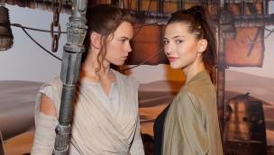 """Filmheldin """"Rey"""" erweitert in Madame Tussauds Berlin die Star Wars-Ausstellung"""