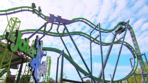 The Joker Free Fly Coaster von Six Flags