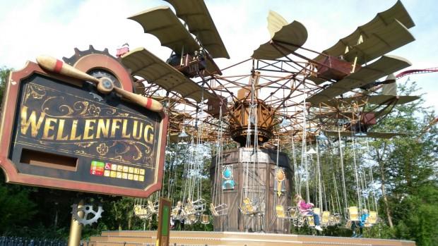 """Wellenflug"" im Holiday Park"