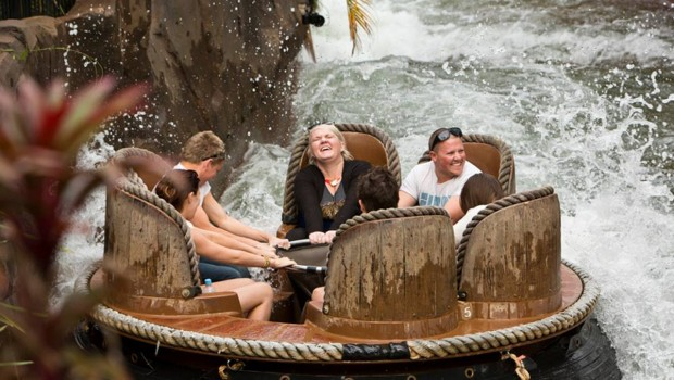 Thunder River Rapids Dreamworld Australia