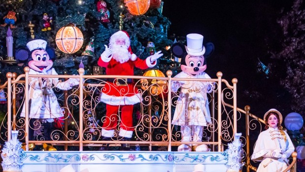 Disneyland Paris im Winter - Weihnachtsmann, Mickey, Minnie