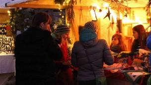 Erlebniswelt SteinReich: Romantischer Weihnachtsmarkt bietet 2017 regionale Besonderheiten