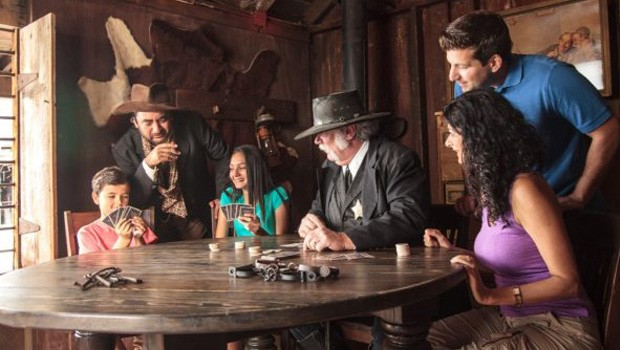 Knott's Berry Farm: Ghost Town Alive!