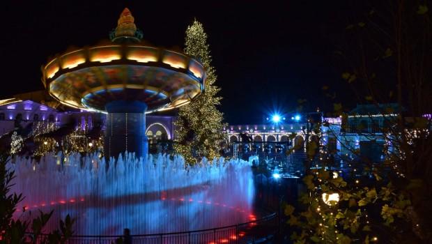 Phantasialand Wintertraum - Kettenkarussell bei Nacht