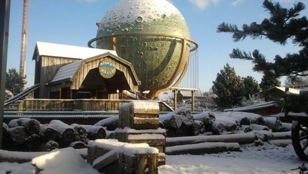 Slagharen Kettenkarussell im Winter