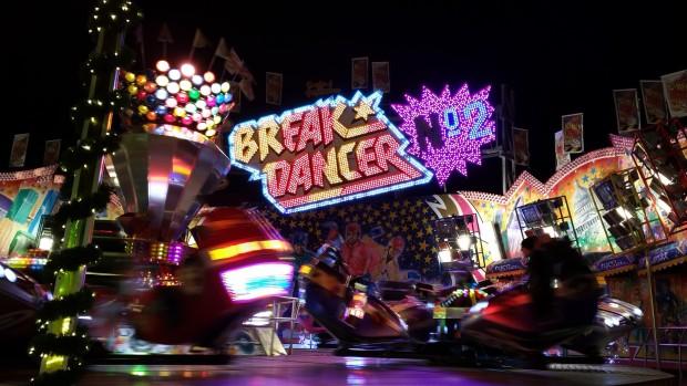 """""""Break Dancer No. 2"""" von Dreher auf dem Hamburger Winterdom 2016 (Dreher)"""