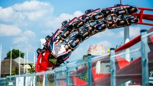 Formula 1 in EnergyLandia - Katapultachterbahn Steilkurve