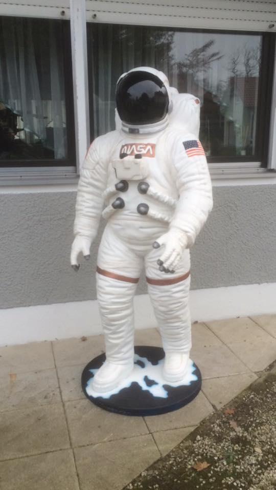 "Astronautenfigur für ""G-Force The Ride"" (Kirmes)"