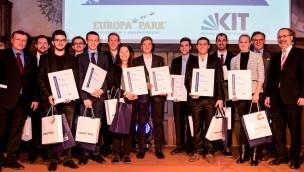 Europa-Park-Gründer Roland Mack vergibt 2016 Stipendien an elf KIT-Studenten
