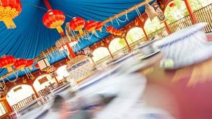 Schwerer Unfall im Gardaland: 6-Jährige wird aus Tassen-Karussell geschleudert und schwebt in Lebensgefahr