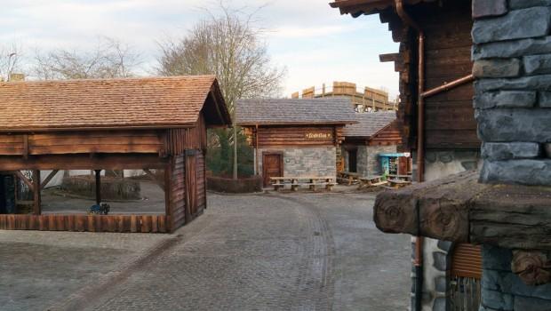 Plopsaland De Panne - Heidi Schweizer Bergdorf Thematisierung - Baustelle 5