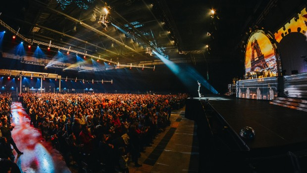 Europa-Park-Arena - DJ BoBo Mystorial - Hallenblick