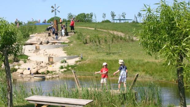Flilippos Erlebnisgarten Floß
