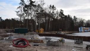 """""""Beach Zone""""-Baustelle im Blick: Erste Fundamente im neuen Holiday Park-Themenbereich gegossen"""
