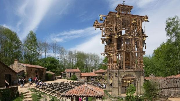 Glockenspiel im Puy Du Fou