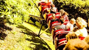 """Pleasurewood Hills schließt """"Rattlesnake"""" und versteigert Teil des Achterbahn-Klassikers"""