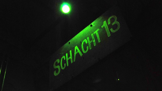 Eingang zu Schacht 13 im Grusellabyrinth NRW