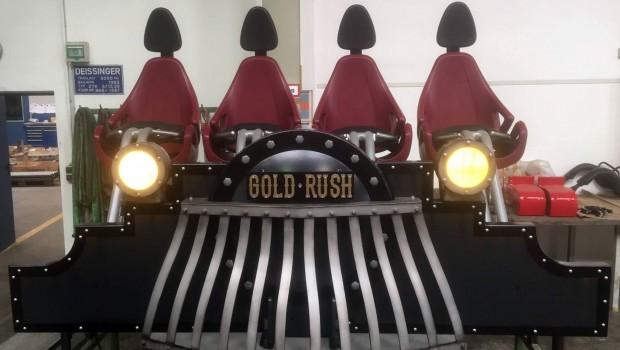 Slagharen Gold Rush Zug Design Front