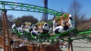 """""""Kids Spin"""" absolviert erste Runden: Neue Kinderachterbahn im Skyline Park ab 1. April fahrbereit"""