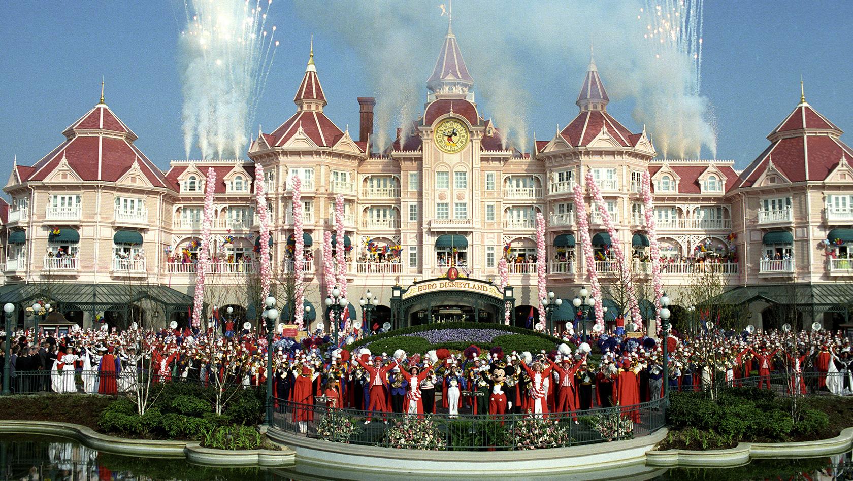 25 Jahre Disneyland Paris Das Waren Die Meilensteine In