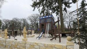 """Jaderpark enthüllt """"Löwenpalast"""": Barrierefreier Spielplatz kurz vor seiner Eröffnung"""