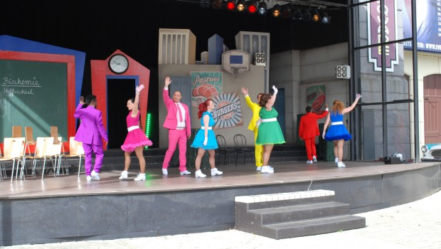 "Die Show ""Highschool Superstar!"" im Movie Park Germany"