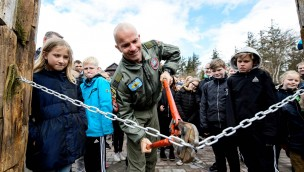 """Drehende Schaukel als Neuheit 2017 in Fårup Sommerland eröffnet: So fährt """"Hvirvelvinden""""!"""