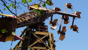 """""""Höhenflug"""" im Erlebnispark Tripsdrill: Sky Fly-Attraktion lässt jetzt abheben und durchdrehen"""
