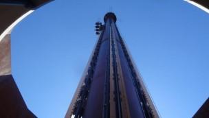"""4-in-1-Freifallturm in Fraispertuis City eröffnet: """"Golden Driller"""" fällt in vier Positionen in die Tiefe"""