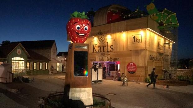 Karls Erlebnis-Dorf Rövershagen rdbeer-Obelisk Erdbeer-Promenade