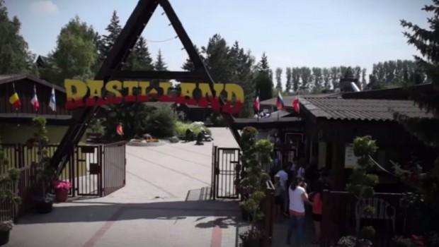 Eingang des Rasti-Land