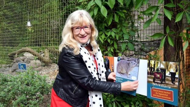 Zoo Rostock/ Joachim Kloock Lotto-MV-Geschäftsführerin Barbara Becker