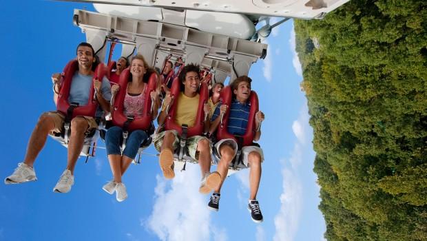 Busch Gardens Williamsburg Alpengeist Inverted Coaster Nahaufnahme