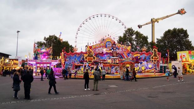 Cannstatter Wasen Übersicht Circus Circus